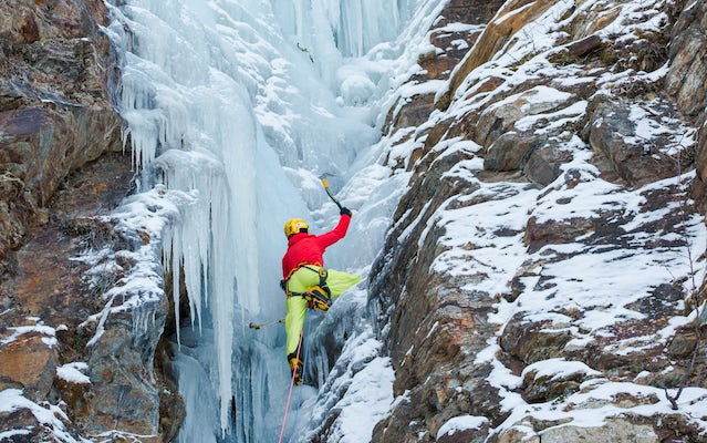 Abisko - Ice climbing on vertical ice