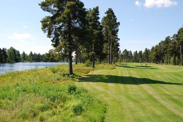 Golfpaket med Mora Golfklubb
