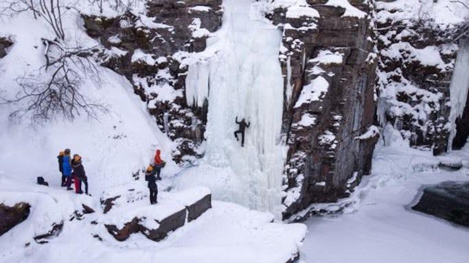 Abisko - Ice climbing afternoon